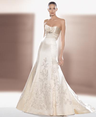 Хмельницкий рынок: Образец свадебного платья №2