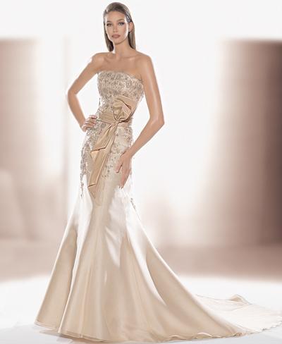 Хмельницкий рынок: Образец свадебного платья №3